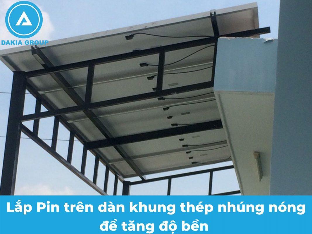 Dàn khung cho hệ thống điện năng lượng mặt trời hòa lưới 5.6KW tại Tân Phú TPHCM.